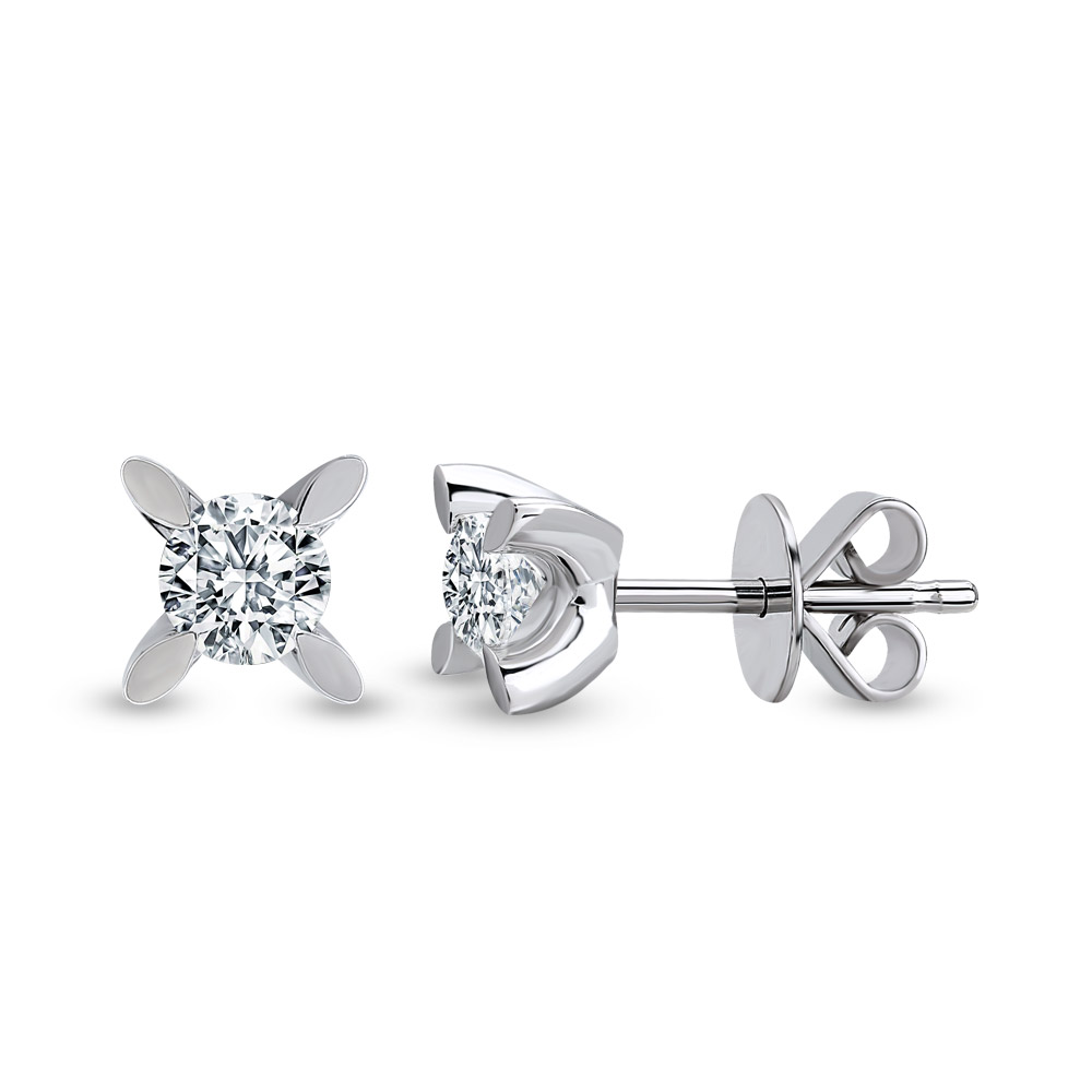 Solitaire Diamond Ear Stud