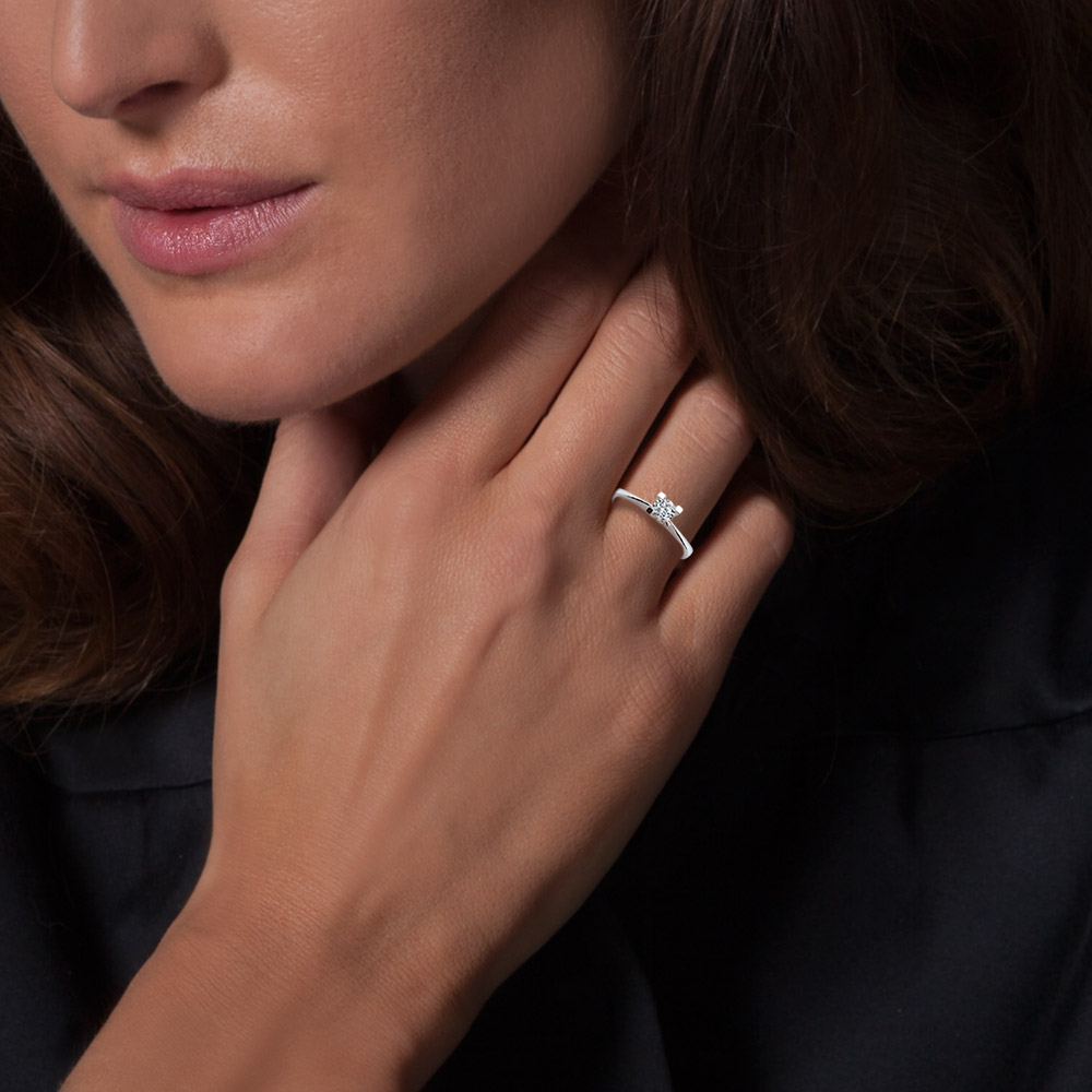 0.26 ct Solitaire Engagement Ring